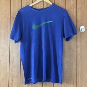 Nike dri-fit T